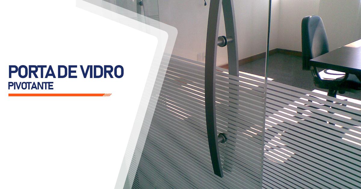 Porta Pivotante De Vidro Cotia